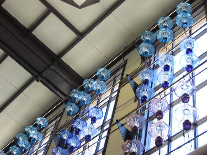ガラスのランプがお出迎え。ガラスの街、小樽に到着!
