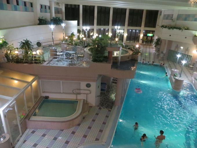 眺望抜群の温泉露天風呂&温泉プールでリラックス♪