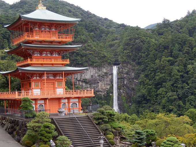 『熊野那智大社』と『那智の滝』