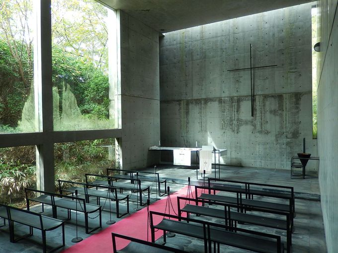 ツアーでだけ入れる、安藤忠雄設計の『風の教会』