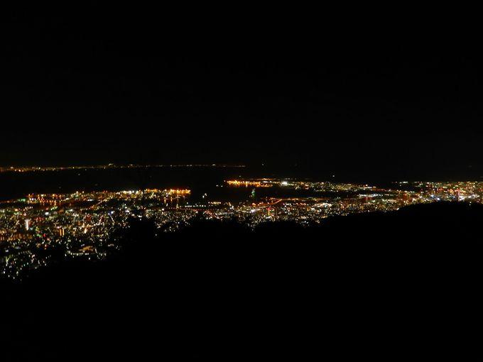知る人ぞ知る『天狗岩』は最高の夜景スポット