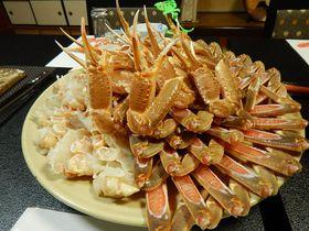 カニの王者・松葉ガニだけを目いっぱい食べに兵庫・香住温泉へ|兵庫県|トラベルjp<たびねす>