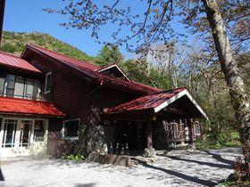 2時間かけても歩いて行きたい上高地・徳澤園で過ごす休日|長野県|トラベルjp<たびねす>