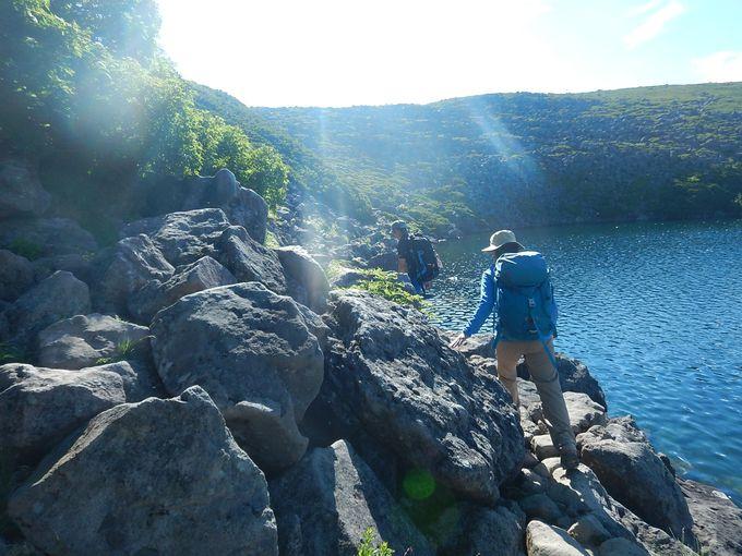 安山岩ゴロゴロの白馬大池から白馬乗鞍岳を越え栂池高原へ