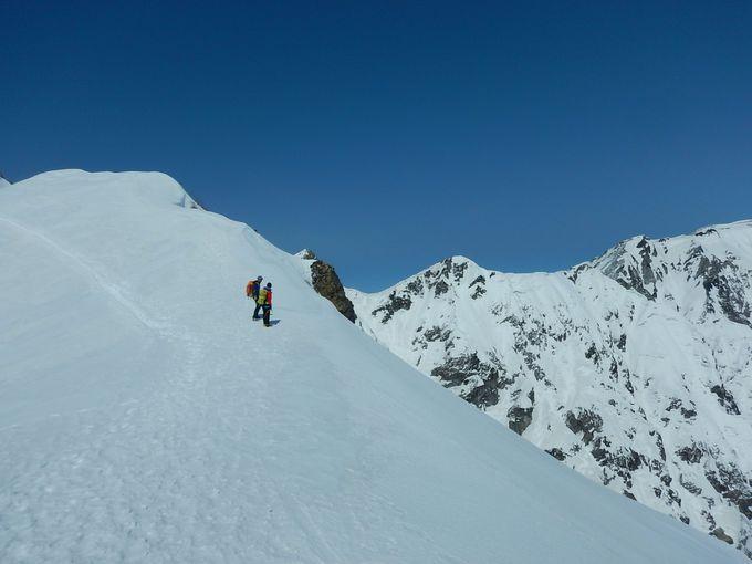 本格的な雪山入門なら日本百名山の10%が見える!展望の唐松岳