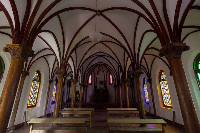 現在使われていない教会内は、撮影が可能