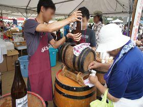 ワインの聖地でワインの試飲し放題!山梨「勝沼ぶどう祭り」