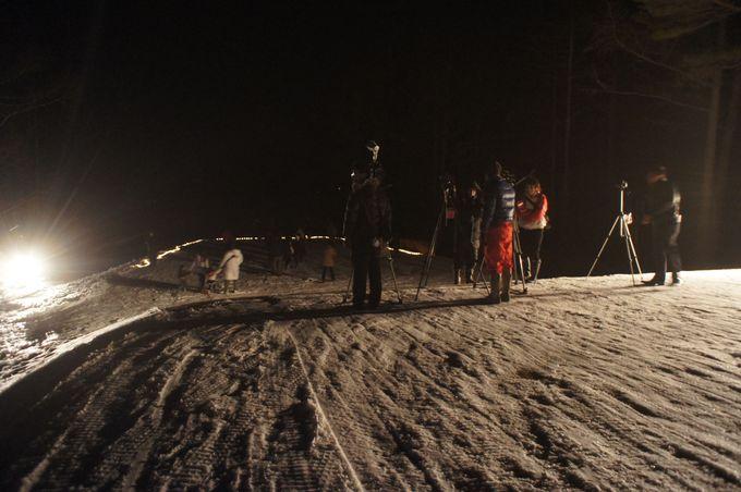 ゴルフコースの上で開催。スキー並みの防寒対策を!