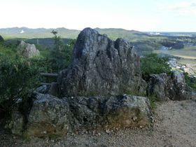 神話の故郷・志摩の絶景を望む密かなパワースポット「おうむ岩」|三重県|トラベルjp<たびねす>