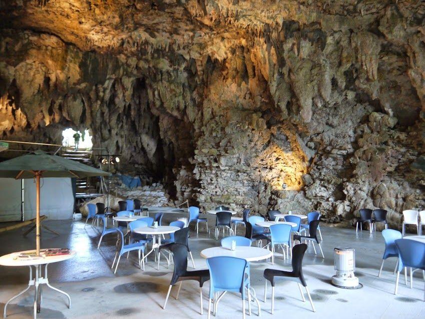 3日目:洞窟がカフェに!?ガンガラーの谷の「ケイブカフェ」