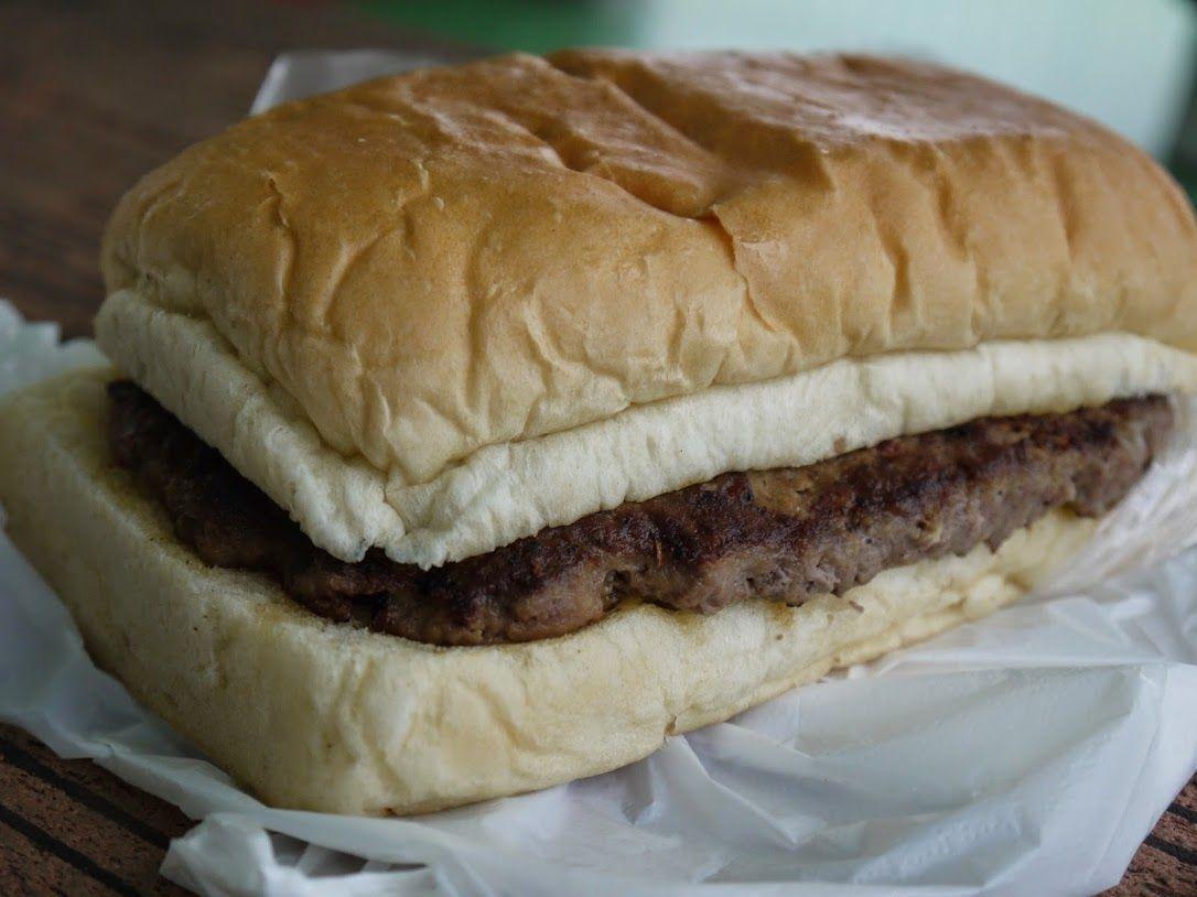 これが噂の巨大ハンバーガー!!!