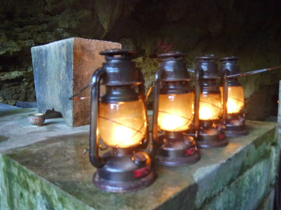 沖縄は海だけじゃない!神秘の大洞窟で地下の世界を探検だ♪