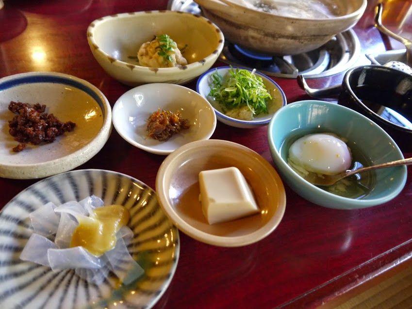 メニューは「湯豆腐」のセットのみ!