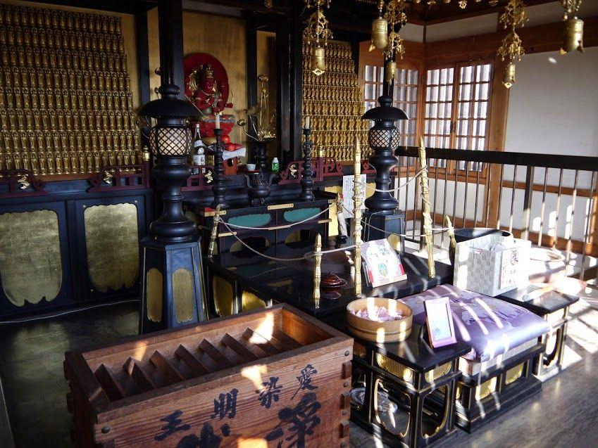 箸袋を手に持って、四国霊場第七番札所『十楽寺』へ行こう!