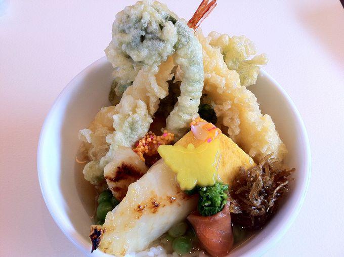 黒川本家の『季節の葛餡かけ丼』は、贅沢なほど具沢山で美味い!