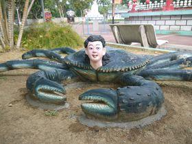 何コレ!?シンガポール観光の珍スポット「ハウパーヴィラ」