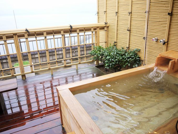 ホテルの中は温泉三昧!湯めぐりを楽しみましょう