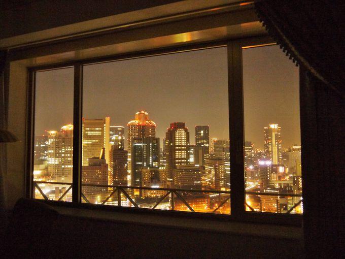 夜景も素晴らしい!雲の上の寝心地ヘブンリーベッドの部屋