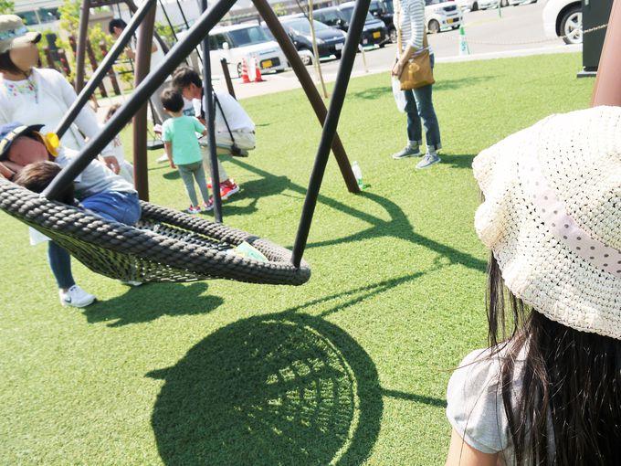 他にも子供達が楽しめる遊具と健康器具がいっぱい!