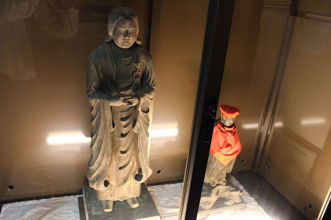 八尾比丘尼の他にも、県重要文化財が