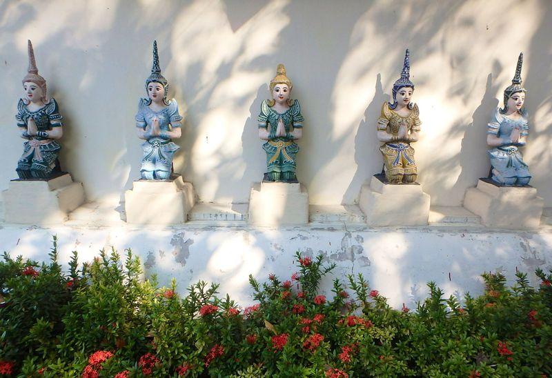 あの映画のロケ地、チェンマイの可愛いお寺「ワット ムーングコーン」