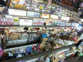 チェンマイ随一の買い物エリア!「ワローロット市場」周辺散歩