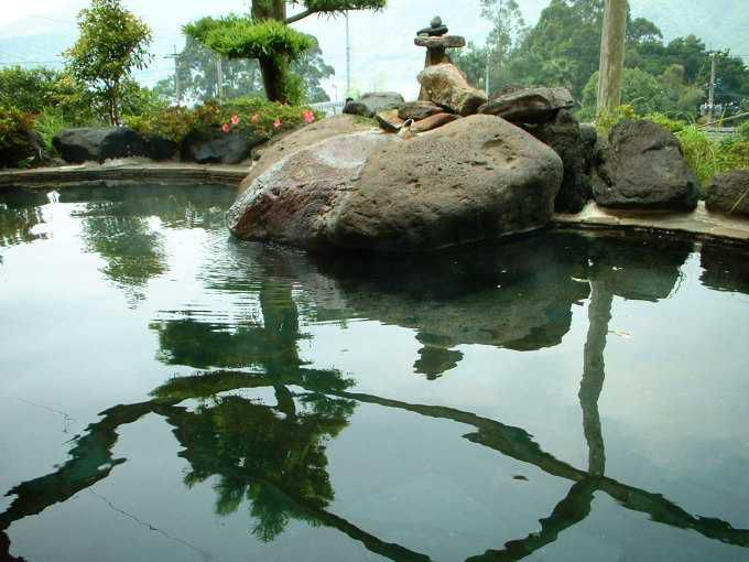 鰻温泉唯一の露天風呂!【民宿うなぎ湖畔】