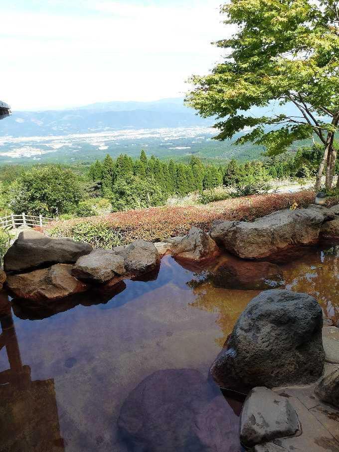 絶景の露天風呂「白鳥温泉上湯」