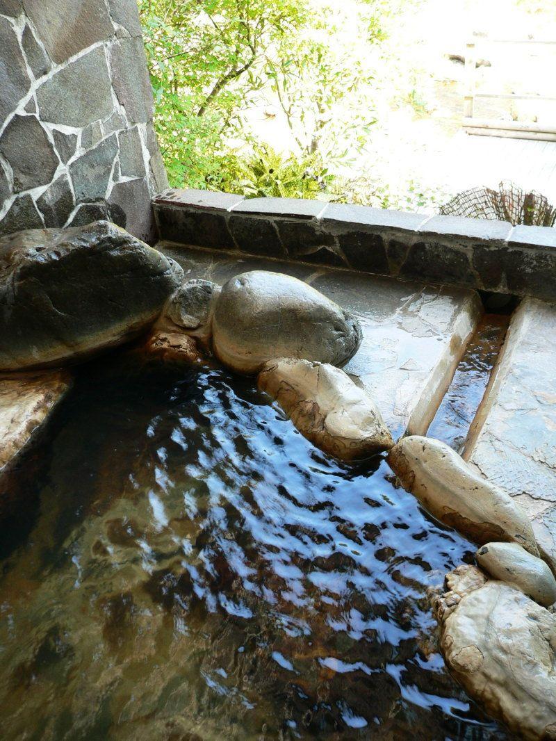 露天風呂で霧島の自然を満喫