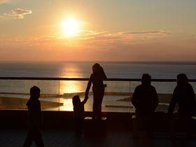 ココは朝日と夕日の絶景スポット!太平洋一望の千葉県刑部岬の展望台|千葉県|トラベルjp<たびねす>