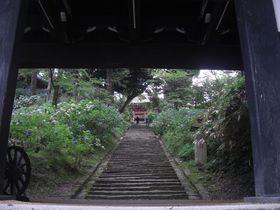 茨城県有数のパワースポット!山全体に霊力溢れる・雨引観音|茨城県|トラベルjp<たびねす>
