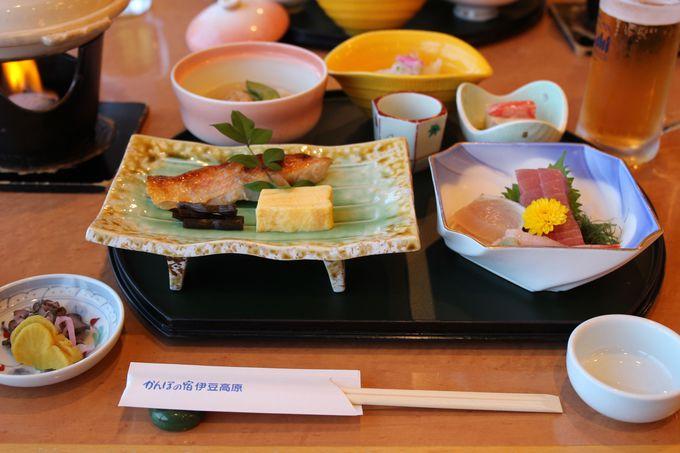 夕食は会席料理!金目鯛の煮付や伊勢海老のお造りなど宿泊プランも多彩!!