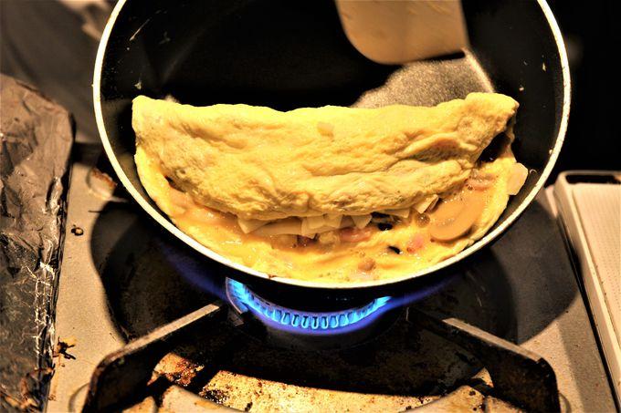 朝カレーにトッピングオムレツ!朝食ブッフェもおどろき!!