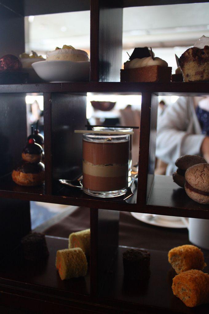 時にはゴージャスに!「ザ・リッツ・カールトン香港」で斬新なチョコ尽くしのアフタヌーンティー。