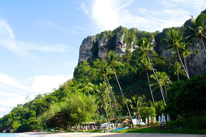 ホテルから船でお出迎え!山と海に囲まれたリゾート。