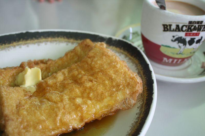 香港式カフェごはん!雰囲気も味あり「美都餐室」と「金華冰廳」