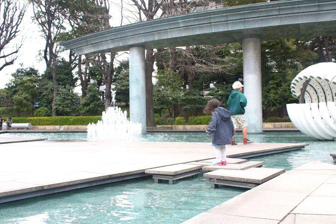圧巻の水量!噴水が手招きするオアシス「和田倉噴水公園」