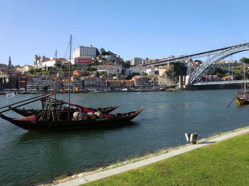 ポートワインのふるさと、ポルト歴史地区の絵になる風景