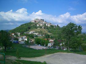絶景!グルメ!ロマンティックな城丘のまちモトヴン(クロアチア)
