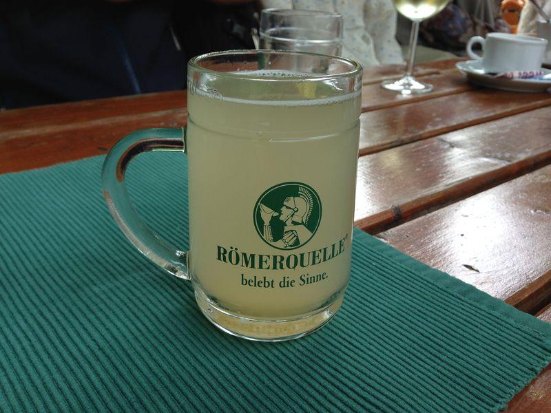 「シュトゥルム」で乾杯!秋限定・究極の飲みモノ(東オーストリア)