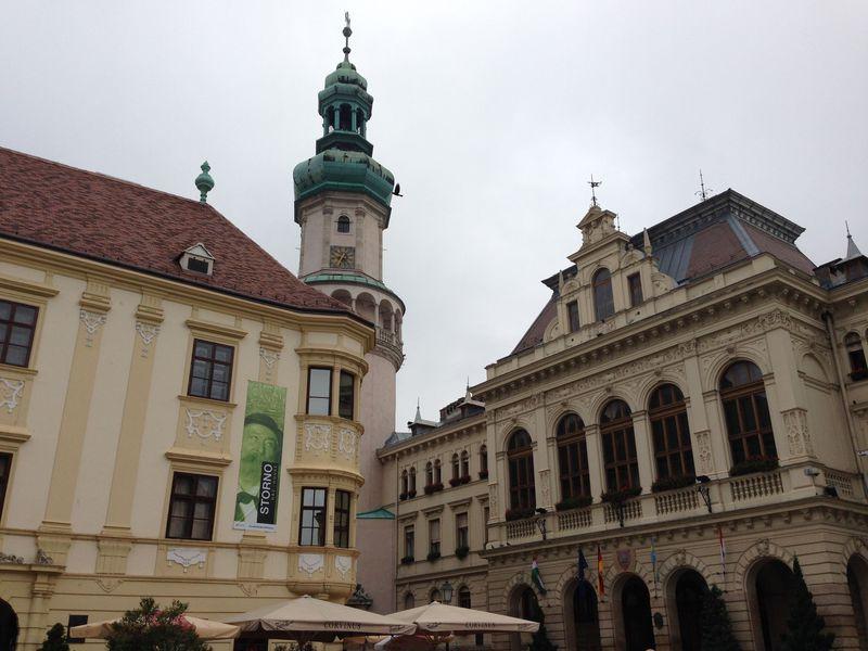 ハンガリーとオーストリアが交差する町ショプロン、その魅力的な旧市街とは
