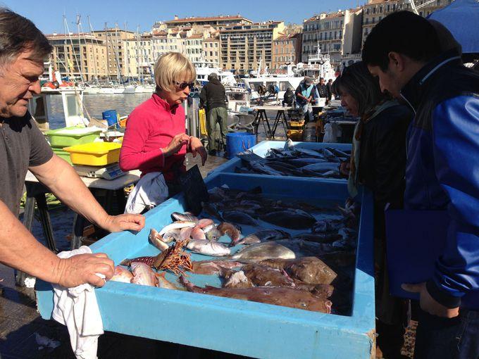 マルセイユ名物といえば魚市!