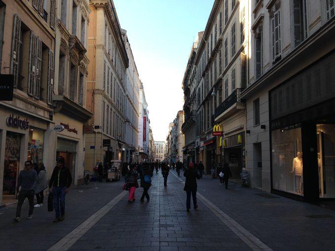フランス最大港湾都市としてのマルセイユ