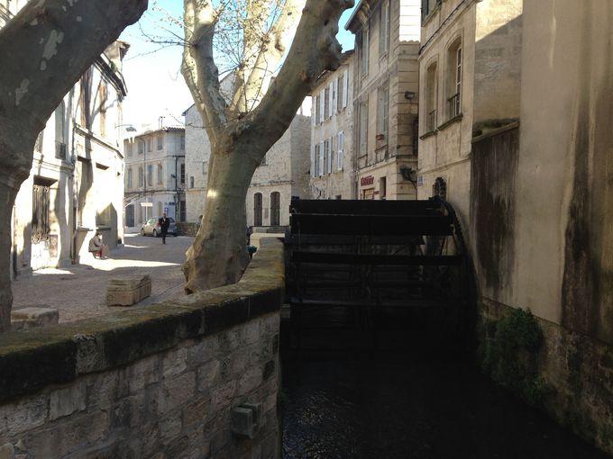 静と動のギャップが・・・。旧市街をぶらり散策