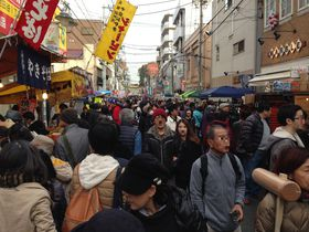 日本最大級にして歴史的フリマ「世田谷ボロ市」へGO!|東京都|トラベルjp<たびねす>