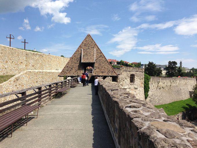 トルコ軍との戦いの舞台エゲル城