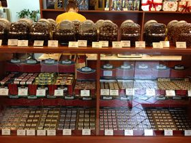 お土産の定番チョコレート!ハンガリーなら「シュトゥメル」