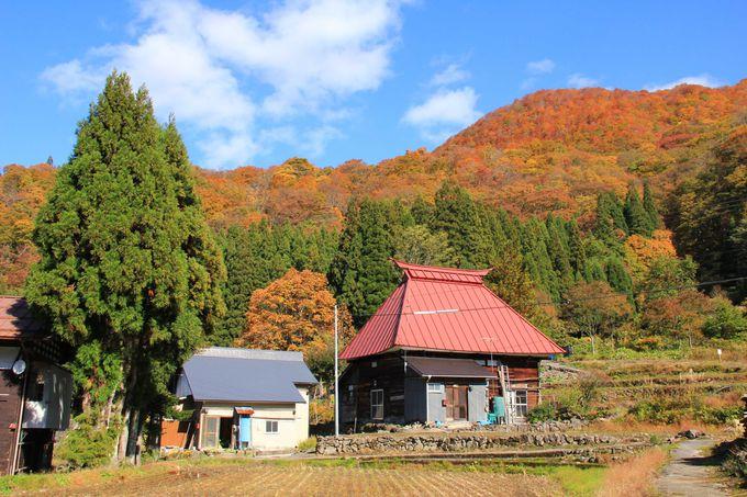 山間の集落には日本の原風景が広がります。