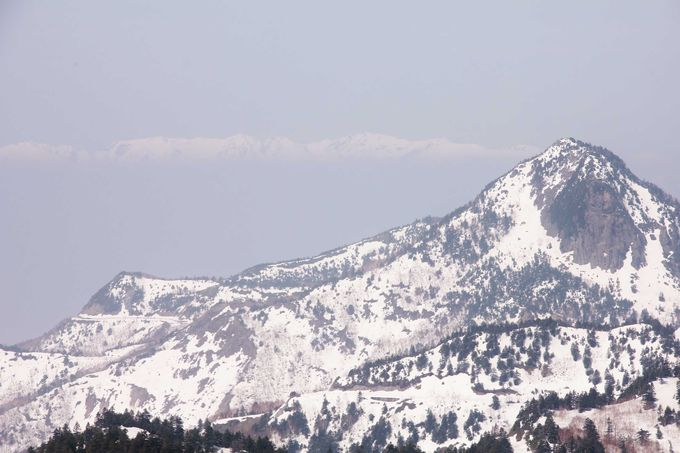 志賀高原の山並みと北アルプスの眺望を堪能
