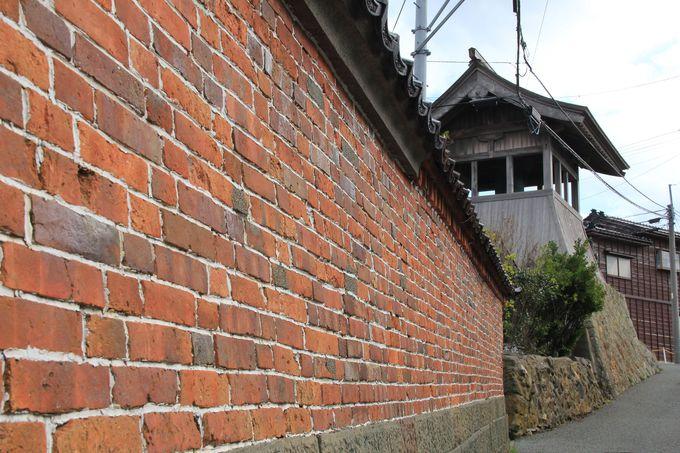 貴重な旧相川拘置所見学と歴史情緒あふれる相川の街並み散策もご一緒に
